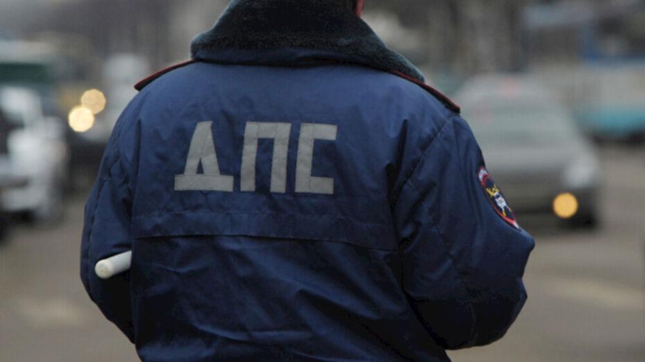 SsangYong перевернулся в Воронежской области: 19-летняя пассажирка погибла