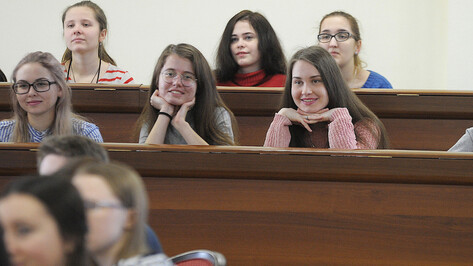 Минобрнауки проработает вопрос об увеличении стипендий студентам в 4 раза