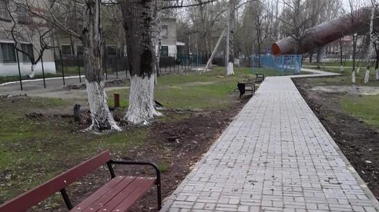 Тротуар около трассы М-4 «Дон» сделали в Павловске на улице Восточной