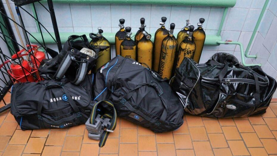В Воронеже спасатели достали из озера тело дайвера
