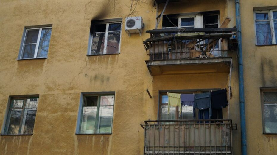 Суд потребовал от управляющей компании отремонтировать балкон в Воронеже