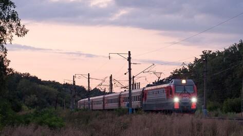 Губернатор и председатель облдумы поздравили воронежских железнодорожников