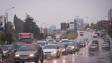 Четыре ДТП и дорожные работы спровоцировали пробку в 5 км в Воронеже