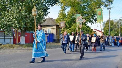 Бутурлиновцы совершили крестный ход в честь праздника Покрова Пресвятой Богородицы
