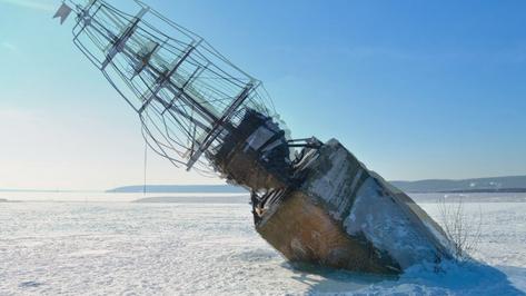 Общественники попросили мэра спасти фрегат «Меркурий» на Воронежском водохранилище
