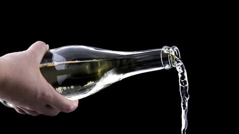 Прокуроры разберутся в истории с отравившимся алкоголем воронежским школьником