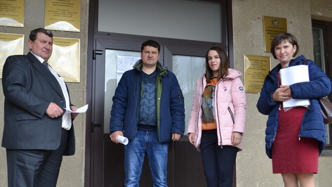 В Ольховатском районе 2 семьи получили субсидию на улучшение жилищных условий