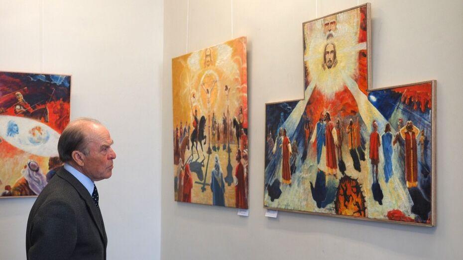 В Воронеже выставили религиозную живопись автора памятника Славы