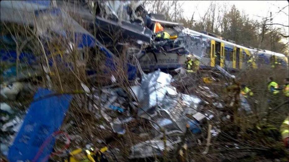 В Германии столкнулись 2 пассажирских поезда