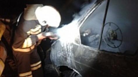 В Воронеже на 45 Стрелковой дивизии сгорела «Газель»