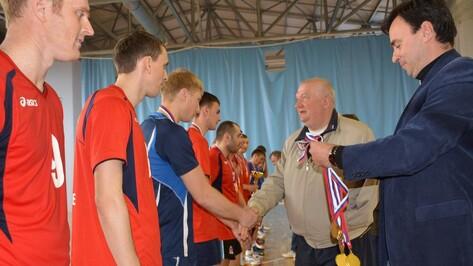 Каширская волейбольная команда «Искра» стала чемпионом Воронежской области