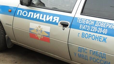 В Воронеже мотоциклист разбился в ДТП с «Волгой»