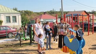 Активисты хохольского поселка завершили благоустройство места отдыха