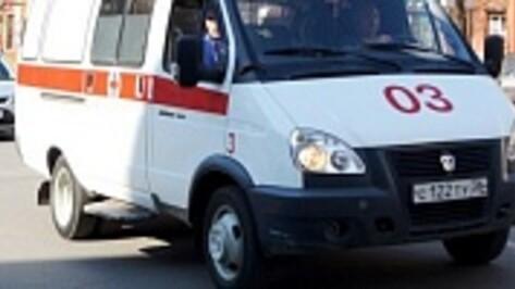 В Воронеже пенсионерка переходила дорогу не по «зебре» и попала под машину