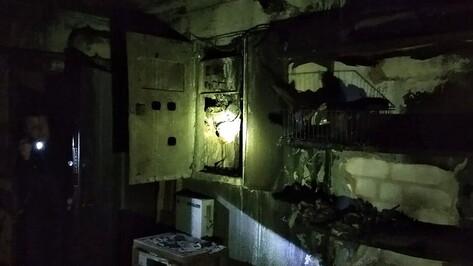 Мэрия Воронежа и УК ответили на жалобы жильцов дома со сгоревшей проводкой