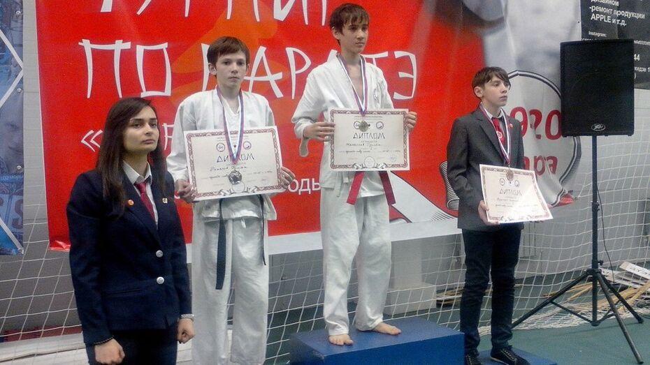 Хохольский каратист завоевал 2 медали на всероссийском турнире