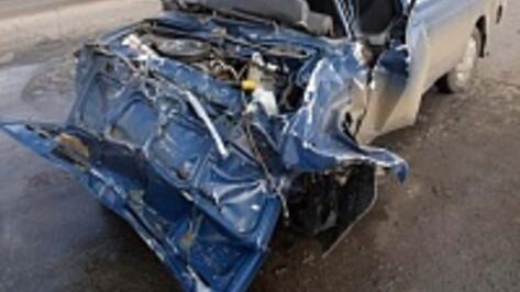 В Воронежской области после столкновения Renault и «ВАЗа» погиб пенсионер