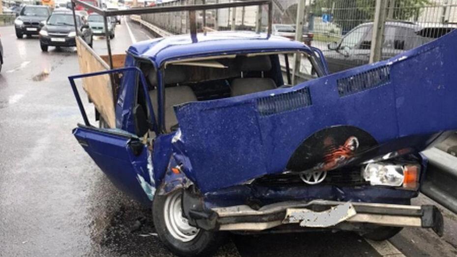 В массовом ДТП в Новоусманском районе пострадали 3 человека