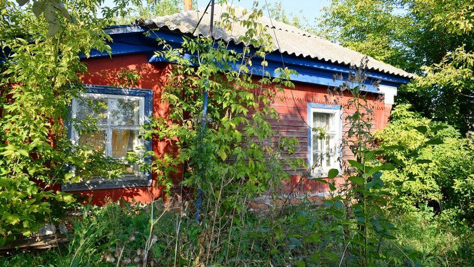 В Лискинском районе супруги попали под статью за самовольное вселение в чужой дом