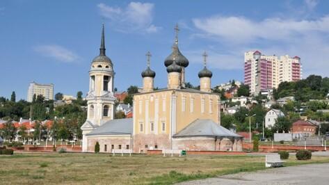 Воронежский историк выпустил брошюру об Успенской Адмиралтейской церкви
