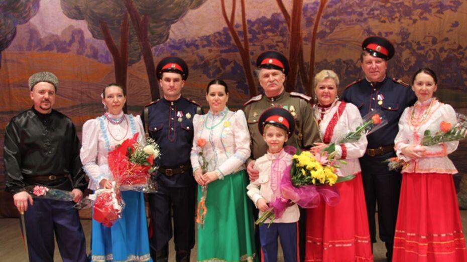 Новохоперский фольклорный ансамбль казачьей песни «Пристанской» отпраздновал юбилей