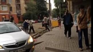 В Воронеже обсуждение судьбы Карла Маркса закончилось потасовкой активистов и местных жителей (ВИДЕО)