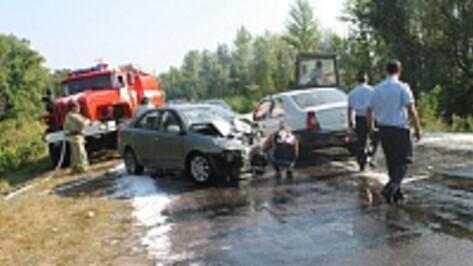 В Петропавловском районе в ДТП пострадали трое взрослых и 7-летний ребенок