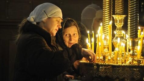 В Терновском храме мироточит икона Николая Чудотворца