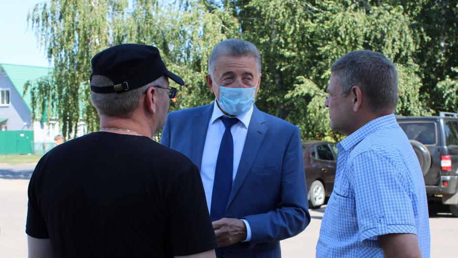 Воронежский сенатор Сергей Лукин обсудил с аннинцами вопросы развития села