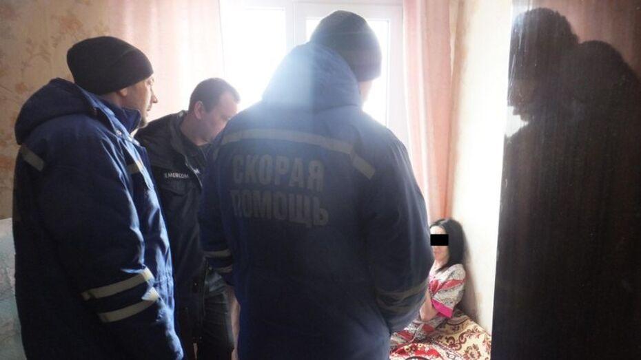 Воронежские спасатели помешали женщине спрыгнуть с 9 этажа