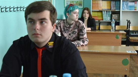 Паспорт, ручка и вода. Как прошел первый день ЕГЭ в Воронежской области