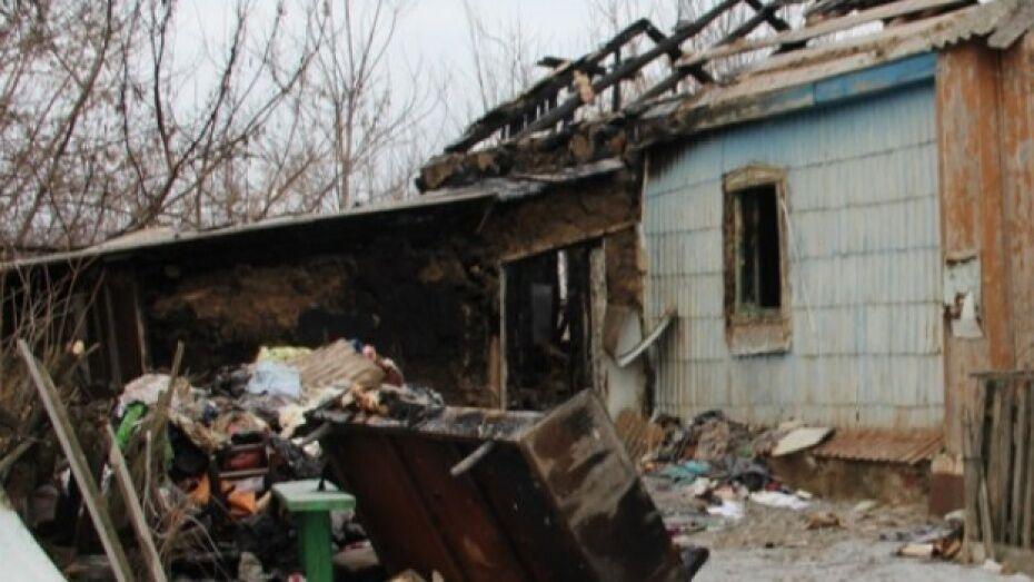 Сжегшие заживо старушку под Воронежем двое цыган получили по 17 лет тюрьмы