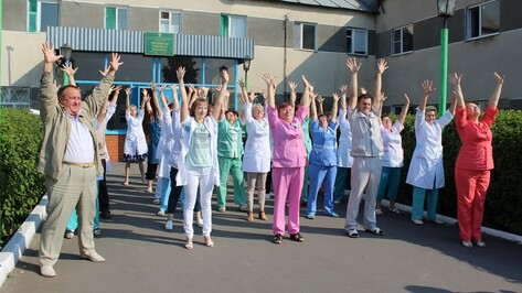 Терновские медики приняли участие в областной акции «Летний день здоровья»