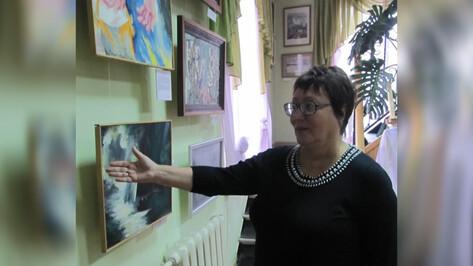 В Боброве открылся вернисаж «Другое искусство»