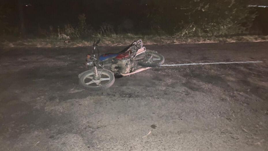 Пенсионер сбил 2 подростков на мопеде в Воронежской области