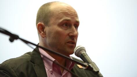 На пресс-конференцию Николая Старикова в Воронеже пришли лишь два журналиста