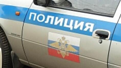 Раненных в ДТП под Павловском женщину с младенцем спасли подгоренские полицейские