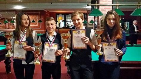 Бутурлиновские бильярдисты завоевали 3 медали на первенстве ЦФО