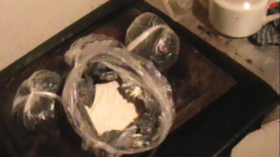 Азербайджанец привозил в Воронеж наркотики в ящиках с фруктами