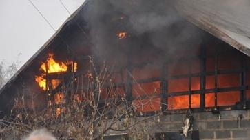 Жителя Воронежской области после пожара увезли в больницу с ожогами