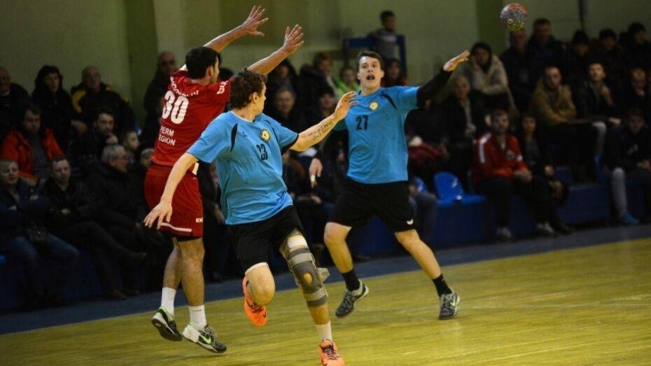 Воронежские гандболисты проиграли последний матч регулярного сезона