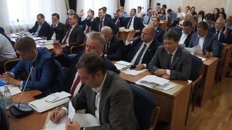 Гордума рассмотрит возможность избрания 3 почетных граждан Воронежа в год