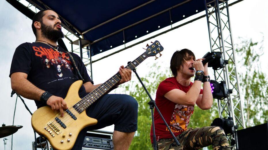 На рок-фестиваль «Чайка» в Воронеже зрители проникли через дыру в заборе