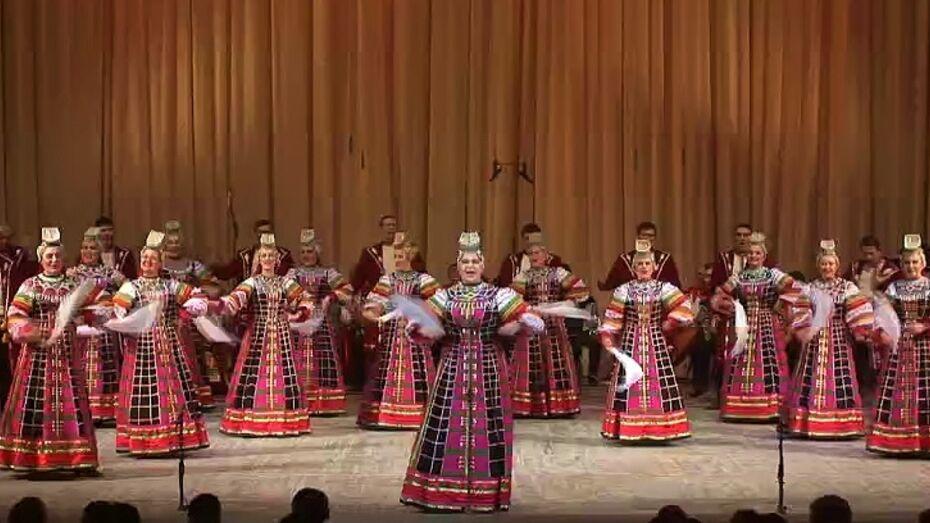 На воронежский хор пришла посмотреть Надежда Бабкина