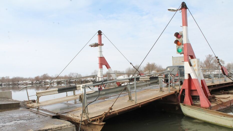 В Хохольском районе на понтонном мосту установили систему видеонаблюдения