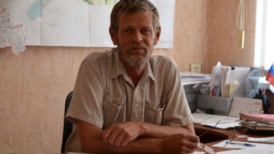 В Семилукском районе крупный поселок во второй раз остался без главы