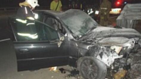 В Воронеже семья из Ставропольского края на Land Rover врезалась в дагестанца на Mazda
