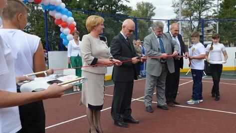 В селе Елизаветовка Павловского района открыли спортивную площадку