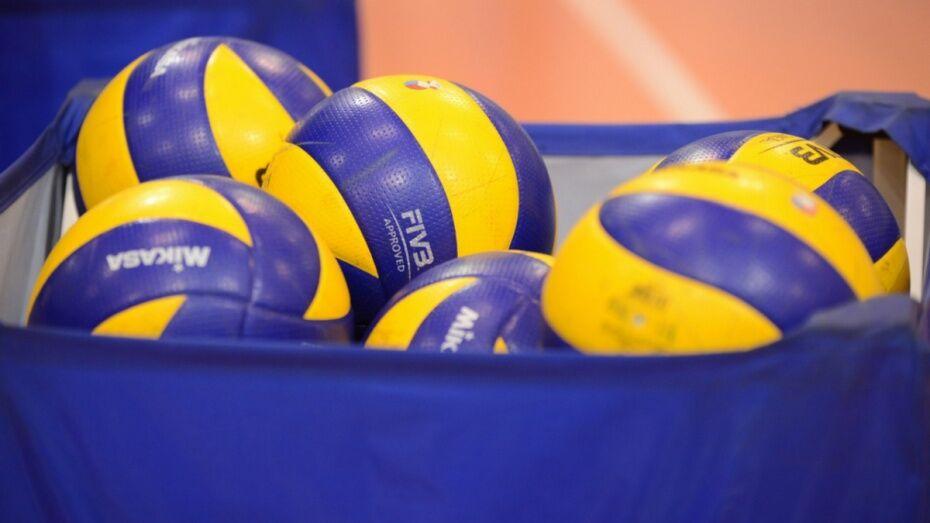 Воронежские волейболисты уступили клубу Высшей лиги Б