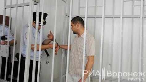 Воронежский суд продлил арест обвиняемому в убийстве семьи в переулке Здоровья